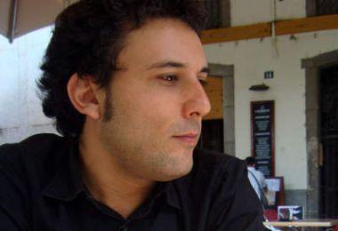Moisés Puente gana el premio FAD de Pensamiento y Crítica 2010