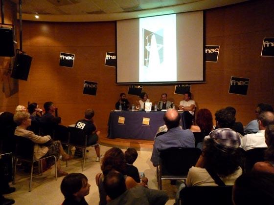 Crónica > Presentación de 'Todo sobre la casa' en Barcelona